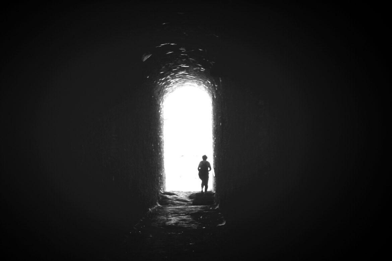 Tunnel Licht Person