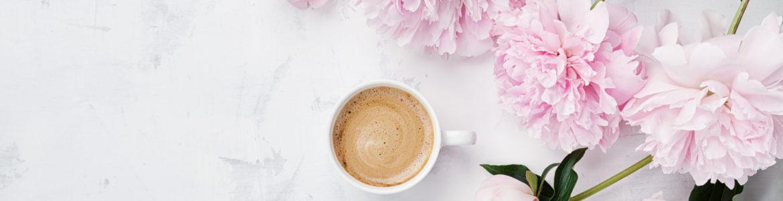 Kaffee Blumen Pink