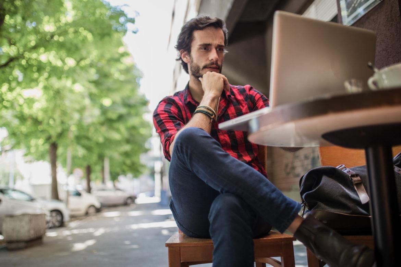 Mann Laptop Cafe