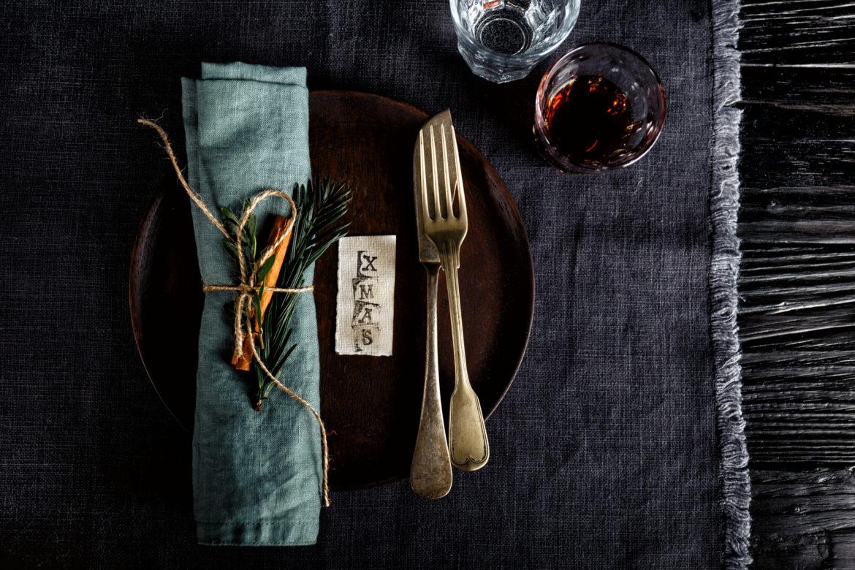 Tischgedeck für Weihnachten