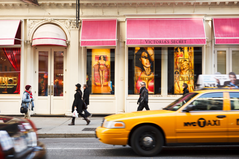Victoria's Secret Shop in New York Taxi