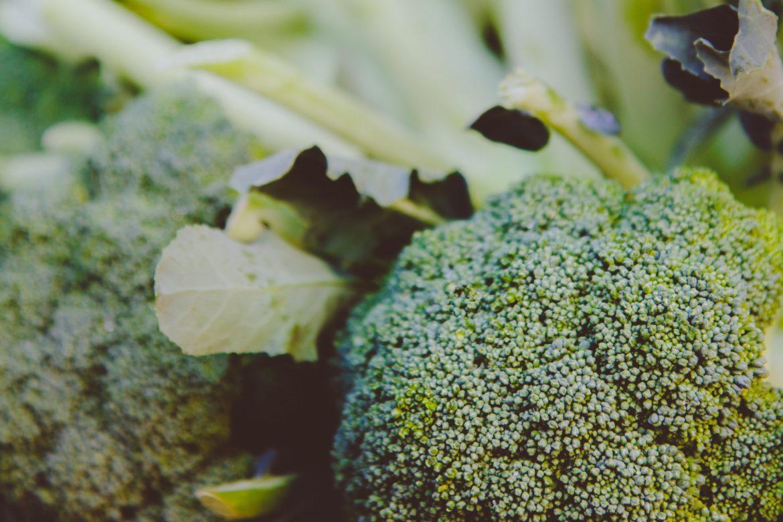 Brokkoli und anderer Kohl