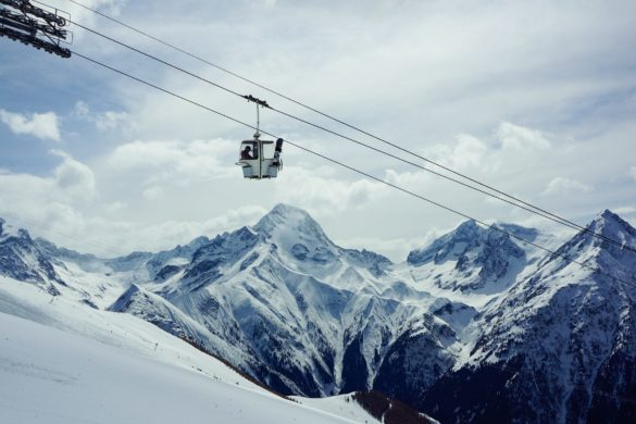 Gondel an Berg