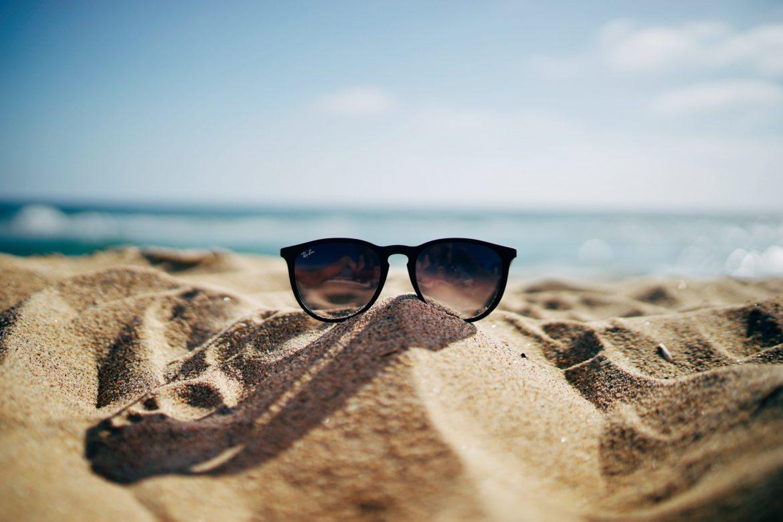 Sonnenbrille Sand Meer