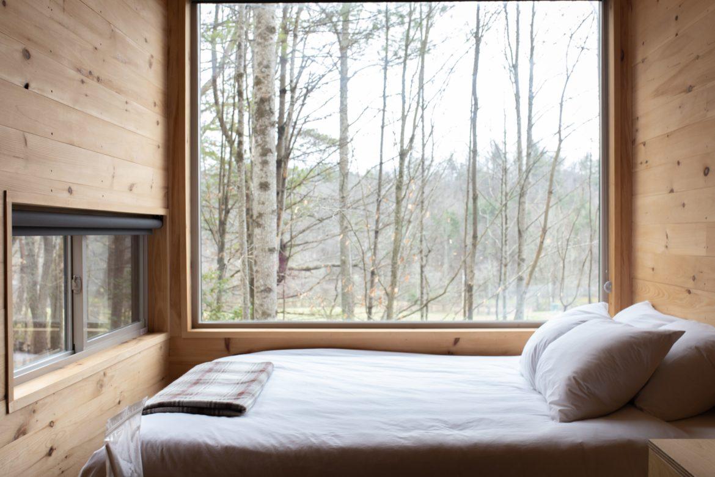 Bett in Zimmer