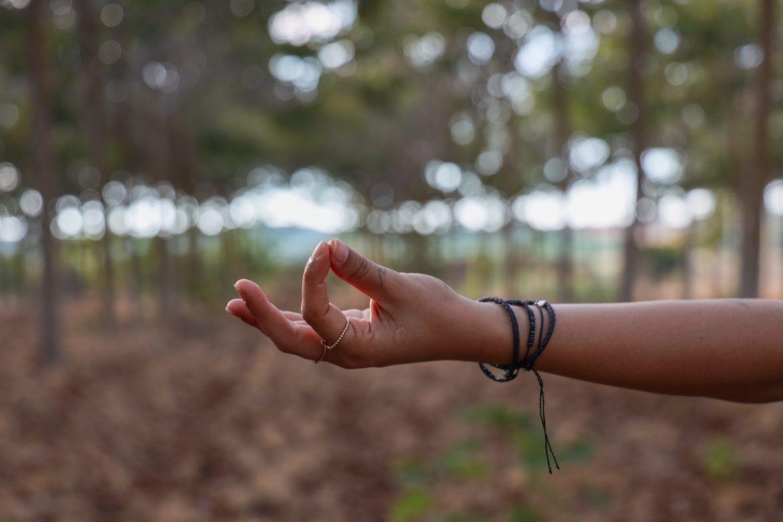 Hand mit Yoga Gruss