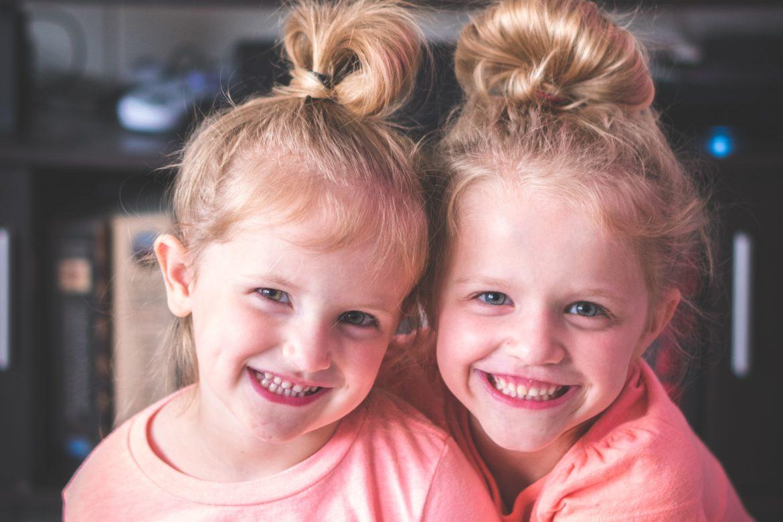 Zwillinge Kinder